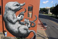 Unexpected '15: ROA paints a new mural in Fort Smith, Arkansas