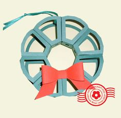 The Papercraft Post: Himmeli-Look Wreath http://thepapercraftpost.blogspot.co.uk/2015/08/himmeli-look-wreath-ornaments.html