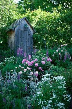 Inspiring Garden Shed Ideas You Can Afford 15 English Garden Design, Cottage Garden Design, Cottage Garden Plants, Garden Whimsy, Balcony Garden, Garden Sheds, Backyard Sheds, Garden Of Eden, Bonsai Garden