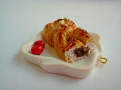 Greek Tsoureki