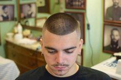 Thin Hair Haircuts, Slick Hairstyles, Cool Haircuts, Haircuts For Men, Short Hair Cuts, Indian Military Haircut, Military Haircuts Men, Military Hairstyles, Navy Haircut