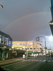 Last Tuesday I saw this beautiful rainbow while walking through the town centre of Bussum – by Simon Vierstra