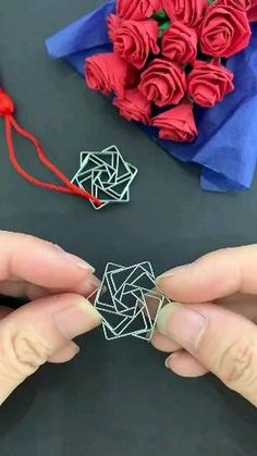 Cool Paper Crafts, Rope Crafts, Paper Crafts Origami, Diy Crafts Hacks, Diy Crafts For Gifts, Diy Home Crafts, Creative Crafts, Diy Projects, Diy Paper