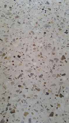 Concrete aggregate floor