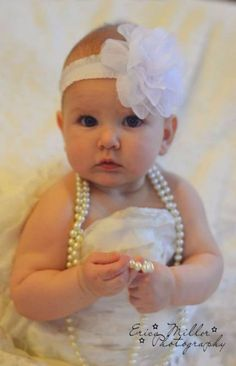 Wedding pictures with baby little girls 66 super ideas – Dresses Fashion Womens 2020 Baby In Wedding Dress, Wedding Dress Pictures, Wedding Dresses For Girls, Wedding Dress Trends, Cheap Wedding Dress, Cute Baby Pictures, Baby Photos, Family Photos, Little Girl Photos