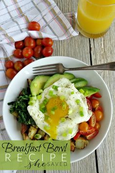 Looking for healthy breakfast options? This Avocado Egg and Potato Breakfast Bowl Recipe is an easy and delicious choice for moms on the go! Healthy Recipe Videos, Healthy Recipes, Healthy Foods To Eat, Healthy Breakfast Options, Health Breakfast, Breakfast Recipes, Ketogenic Breakfast, Breakfast Ideas, Breakfast Potatoes