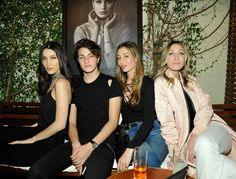 Bella Hadid, Anwar Hadid, Marielle Hadid and Alana Hadid attend Joe's Jeans and Bella Hadid celebration for the launch of the 2016 Joe's Jeans campaign at Sunset Tower Hotel on March 2016 in West Hollywood, California. Bella Hadid Anwar Hadid, Alana Hadid, Carole Radziwill, Lee Radziwill, White Ball Dresses, Hadid News, Jacqueline Kennedy Onassis, Hollywood Celebrities, Joes Jeans