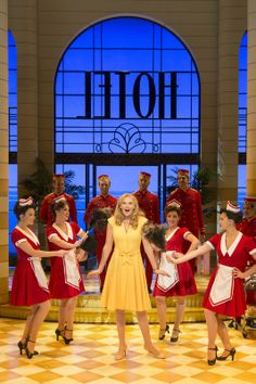 Katherine Kingsley (Christine Colgate) & Co.   Photo: Johan Persson ♡ www.LOVEtheatre.com/search/Dirty-Rotten-Scoundrels?sid=FB