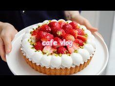 Dessert Cafe Vlog|💗 How to make Bagel~💗 |Nebokgom - YouTube Fruit Recipes, Dessert Recipes, Desserts, How To Make Bagels, Strawberry Tart, Red Fruit, Cafe Food, Dessert Drinks, Cheesecake