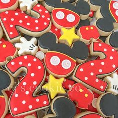 2 cookies Mickey Mouse Clubhouse Birthday Party, Mickey Mouse Parties, Mickey Party, Mickey Mouse Birthday, Elmo Party, Dinosaur Party, Dinosaur Birthday, Sofia Party, Pirate Party