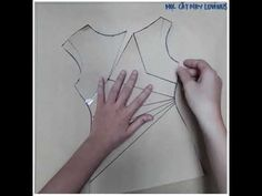 Học cắt may Luvinus - Hướng dẫn ra rập mẫu váy chiết ly eo cổ thuyền - YouTube Sewing Patterns Free, Sewing Tutorials, Dress Tutorials, Techniques Couture, Sewing Techniques, Blouse Patterns, Clothing Patterns, Blusas Crop Top, Fancy Skirts