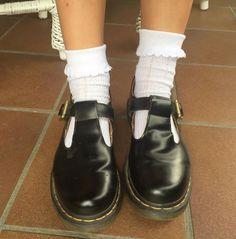 Docs and Socks: the Polley shoe. Shared zimnaherbata.