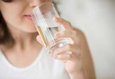 Yorgunluğunuzun kaynağı su içmemek olabilir Sağlıklı bir insan vücut ağırlığının erkeklerde %60, kadınlarda ise %50'si sudan oluşmaktadır. - Sayfa: 1