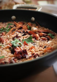 You will try and ask for more, let's share it Rice Recipes, Seafood Recipes, Healthy Recipes, Recipies, Fast Dinners, Easy Meals, Arroz Risotto, Paella, Octopus Recipes
