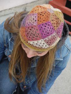 Tessellations hat, free pattern by Tracy St. John  . . .  ღTrish W ~ http://www.pinterest.com/trishw/  . . .  #crochet #granny_square