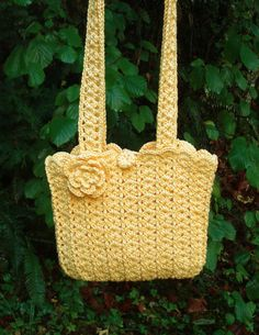 Sweet Shells Bag - PA-208 - A crochet pattern from Nancy Brown-Designer. Sweet shells make a beautiful little cotton bag that is just perfect for summer days. This pattern PDF can be purchased at my Etsy Pattern Store for $2.49, just click on the photo.