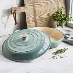 Invest in the very best with heritage-grade Le Creuset cookware from Sur La Table.