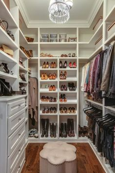 In need of extra space to store your clothing? This walkin closet has great shelf space, drawers, and rac In need of extra space to store your clothing? This walkin closet has great shelf space, drawers, and rack room for all of your storing needs! Small Closet Design, Master Closet Design, Master Bedroom Closet, Closet Designs, Master Closet Layout, Small Master Closet, Wardrobe Design, Small Walkin Closet, Small Closets