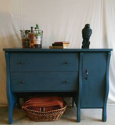 www.RedheadRestorationLA.etsy.com #distressedfurniture #paintedfurniture #upcycledfurniture  #rustic #chalkpaint #anniesloan #ecofriendly #recycled  #farmhouse #hgtv #fixerupper #diy #home #decor #design #vintage #antique #interiordesign #losangeles #la #malibu #California