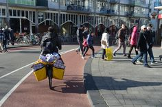 Moving luggage on a bike, central Amsterdam, mid afternoon Street Ballet, Oxford Brookes University, Mid Afternoon, Design Fields, Travel Organization, Amsterdam, Cycling, Take That, Bike