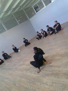 Esta fue una e las primeras clases, donde dijimos cómo nos queríamos ver bailando y qué queríamos demostrarle al mundo con nuestros movimientos.