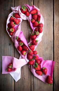 Desserts for Breakfast: Breast Cancer Awareness Month: Pink Pie and Giveaway