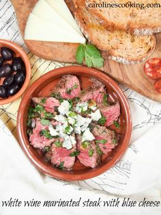 White wine marinated steak with blue cheese - an easy and delicious ...