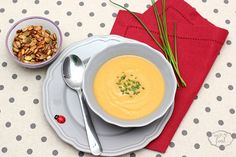 Pumpkin and pears cream soup - Supa crema de dovleac si pere Cream Soup, Pears, Thai Red Curry, Soup Recipes, Pumpkin, Ethnic Recipes, Food, Pumpkins, Meals