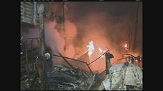 Feira do Troca em Caruaru, PE, é atingida por incêndio Local está passando por revitalização e obras devem durar quatro meses. Feirantes acreditam que o fogo tenha sido criminoso. A Feira do Troca, em Caruaru, no Agreste do estado, foi atingida por um incêndio considerado de médias proporções na noite da quinta-feira (23). O fogo destruiu algumas barracas e estabelecimentos próximo Atualizado em 24/05/2013 08h09 (Leia [+] clicando na imagem)