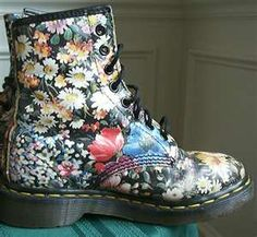 Bootz cause Im a Bootz wearing Girl on Pinterest | Ankle Cowboy Boots ...