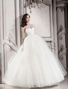 Pnina Tornai Sweetheart Ball Gown in Tulle | KleinfeldBridal.com