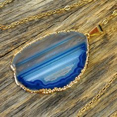 Agate Necklace, Blue Agate Necklace, Agate Slice #jewelry #necklace @EtsyMktgTool http://etsy.me/2bYTDuH
