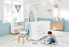 Chambre bébé garçon bleu et bois