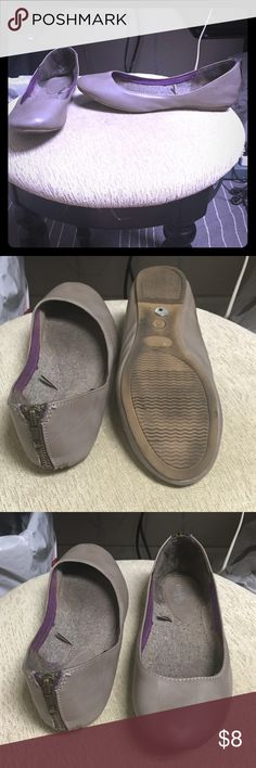 Flats Gray/taupe flats, zipper on back. Normal wear and tear with black scuff on back of L shoe. Charlotte Russe Shoes Flats & Loafers