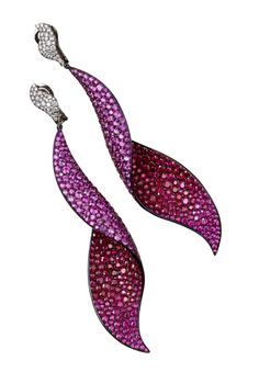 G INTERNATIONAL earrings, 212 872 8816
