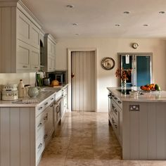 Grey Shaker kitchen | Country decorating ideas | Country Homes & Interiors | Housetohome.co.uk