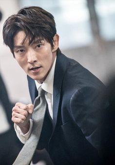 """Lee Joon Gi as Bong Sang Pil 🤜🤛 """"Lawless lawyer"""" Korean Star, Korean Men, Asian Men, Korean Actors, Lee Jong Ki, Arang And The Magistrate, Wang So, Police Detective, Joong Ki"""