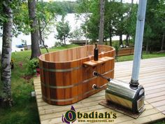 Hop into our Japanese deep soaking tub to give your body a relaxing experience. We offer cedar Ofuro hot tubs in both oval and round shapes. Diy Sauna, Japanese Soaking Tubs, Deep Soaking Tub, Deep Tub, Japanese Bathtub, Outdoor Tub, Outdoor Baths, Outdoor Showers, Outdoor Ideas