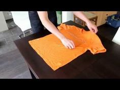 T-Shirts in Sekunden falten - das kann jeder!