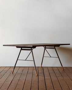 Brandywine Dining Table - Darkwash