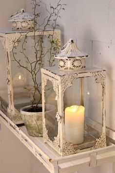 BlueberryJam: Beauty in downtime Metal Lanterns, Lanterns Decor, Candle Lanterns, Candles, Shabby Chic Lanterns, Muebles Shabby Chic, Hurricane Lamps, Jolie Photo, Shabby Vintage