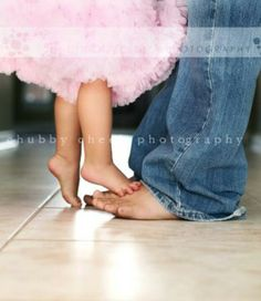 Sweet...little girl and daddy