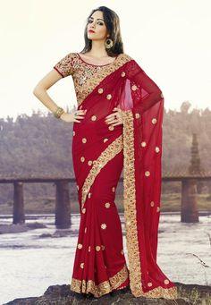 Saree, Saris, Indian Sarees and Designer Sarees Online Shopping at Vivaah Indian Wedding Sari, Pakistani Bridal Dresses, Indian Wedding Outfits, Saree Wedding, Indian Dresses, Indian Outfits, Indian Clothes, Bollywood Bridal, India Wedding