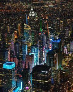 New York City, October 2016 New York Wallpaper, City Wallpaper, City Lights At Night, Night City, Manhattan New York, Manhattan Skyline, Empire State Building, Ponte Golden Gate, City Aesthetic