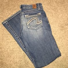 BKE Denim Kate Fit Size 29x31.5 Excellent condition! Washed and hung to dry. Never has been in the dryer. BKE Jeans Boot Cut