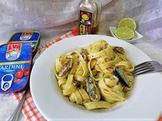 Hellena  ...din bucataria mea...: Tagliatele cu sardine in ulei, usturoi si lime Paste, Sardinia, Pizza, Meat, Chicken, Food, Meals, Yemek, Buffalo Chicken