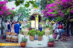 Ceremony around a typical spanish courtyard. Contact us for more information on info@medweddings.com