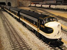 mth trains | Eric Siegel's O-Gauge/O-Scale Trains - Welcome to Eric's Trains!
