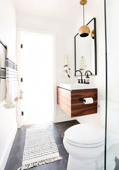 Floating vanity in a bathroom