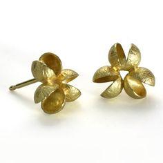 Flourishing Cluster Earrings - 18K Yellow Gold by Liaung-Chang Yen